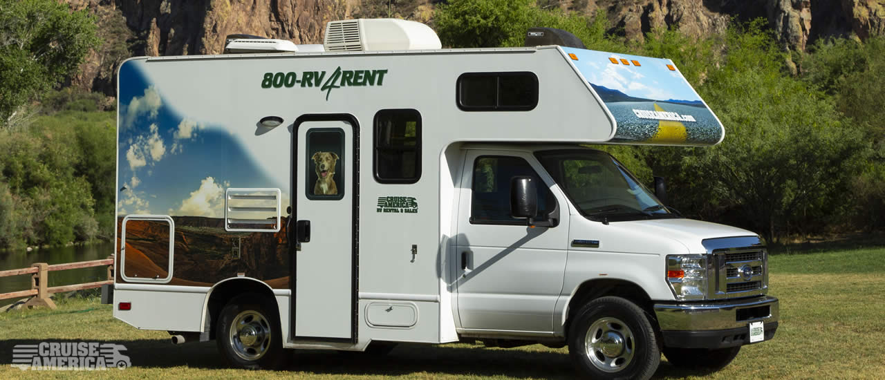 Compact RV Rental Model 19' - Cruise America