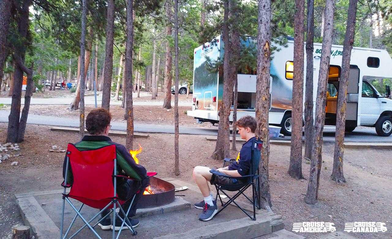 "5 Tips for an Affordable RV ""Social Distancing"" Vacation"