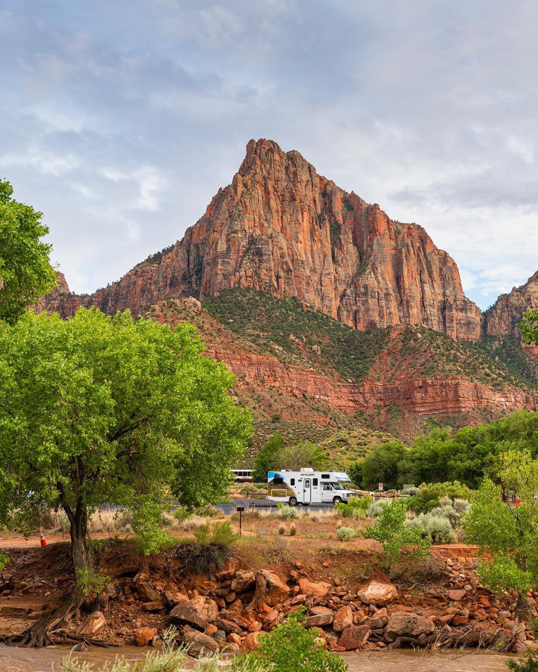 Cruise-America-RV-Rental-Zion-National-Park-jordanbanksphoto.jpg
