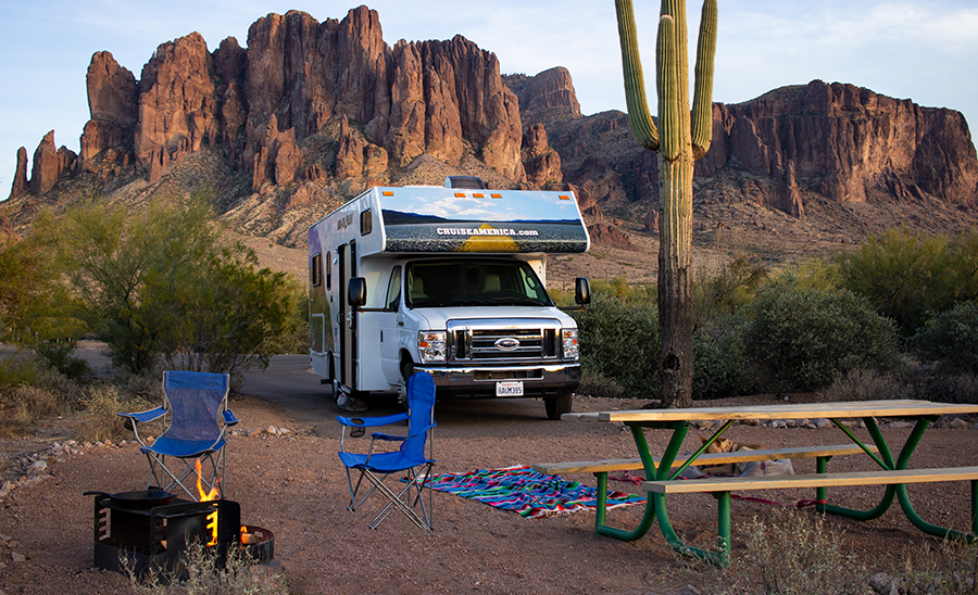 RV-rental_winter-rv-camping-arizona_LostDutchman.jpg