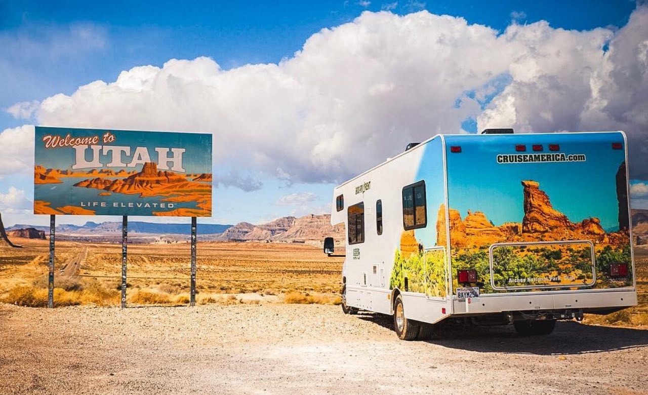 Cruise-America-RV-Rental-for-Arches-National-Park-gorving.jpg
