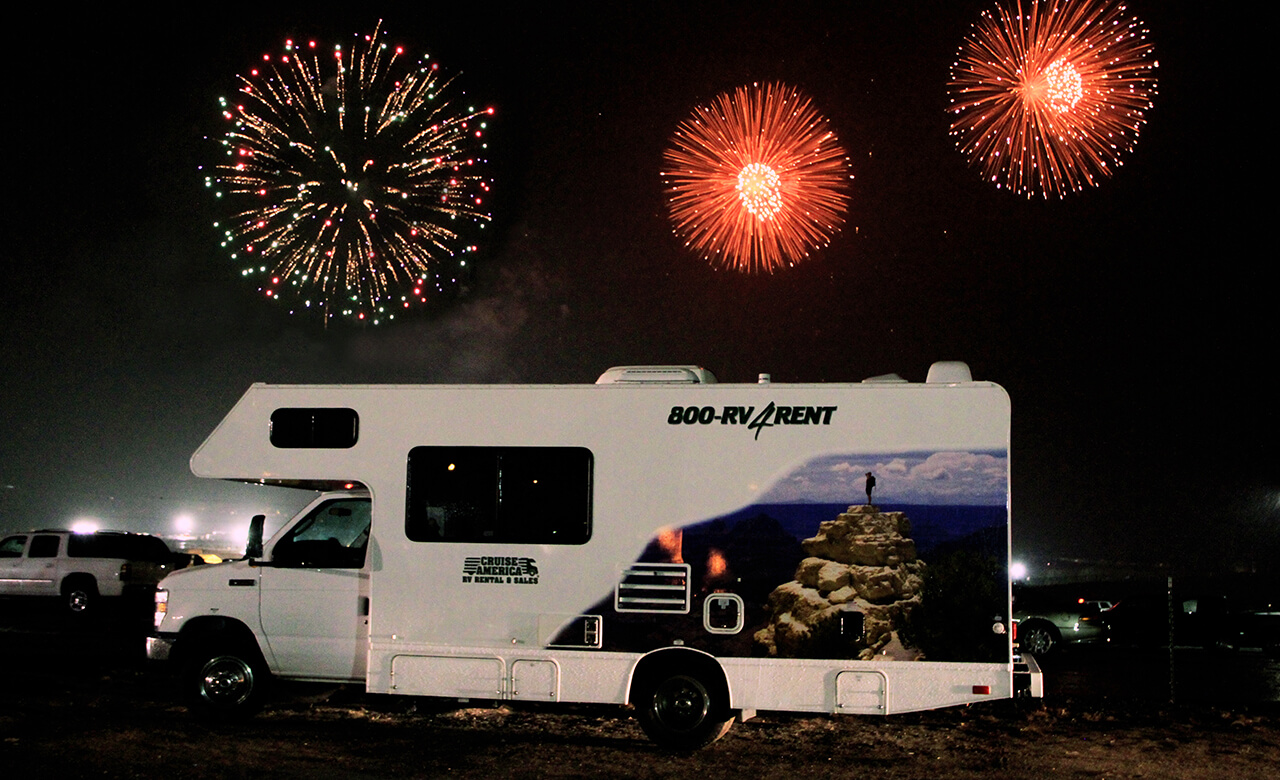 RV-rental-4th-July-Firework-Shows4.jpg