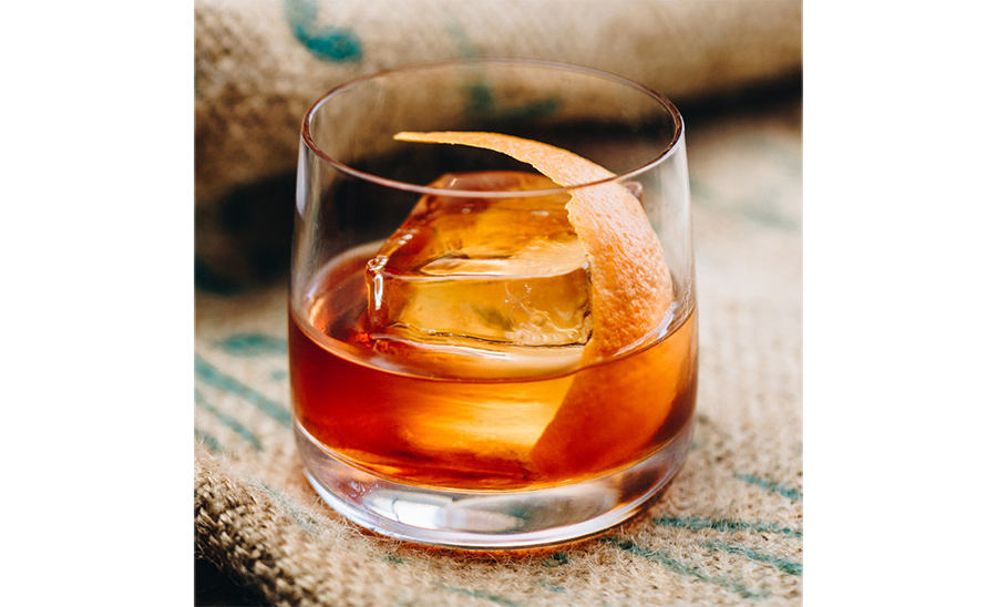 rv-rental_camping-cocktails_bourbon-old-fashioned.png