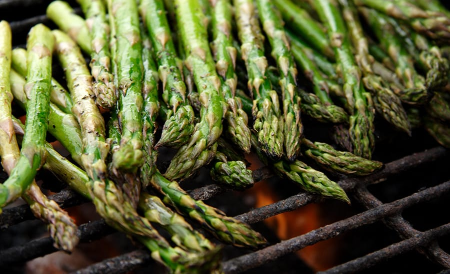 rv-rental_healthy-camping-recipes_grilled-asparagus.jpg